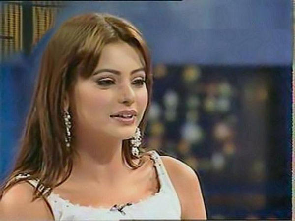 Pakistani Actress Aamna Sharif The Beauty PhotoShoot 153831,xcitefun-aamna-shariff-5