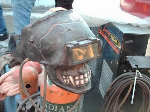 http://img.xcitefun.net/users/2010/03/155409,xcitefun-welding-helmet-designs-1.jpg