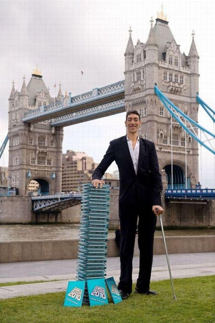 Sultan Kosen-самый высокий человек.