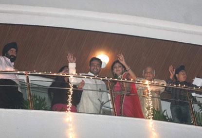 Shilpa Shetty, Raj Kundra Engagement Pics 158056,xcitefun-e5pymf