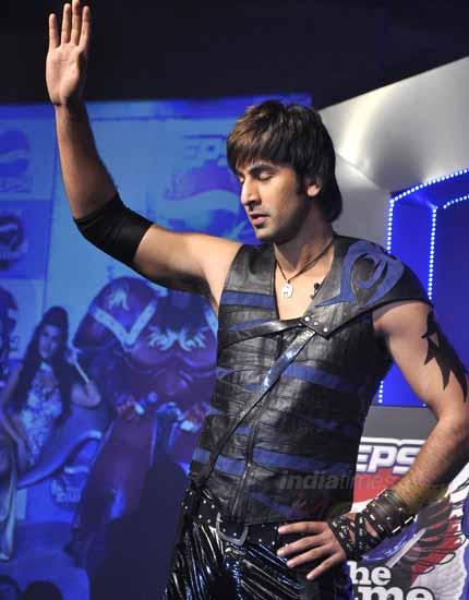 Ranbir, Sanjay, Jacqueline unveil Pepsi game 158188,xcitefun-23114415