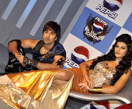 Ranbir, Sanjay, Jacqueline unveil Pepsi game 158189,xcitefun-69636635