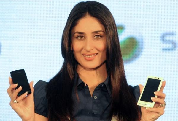 Kareena Kapoor - The Sony Ericsson Girl 158375,xcitefun-kareena-xperia-1