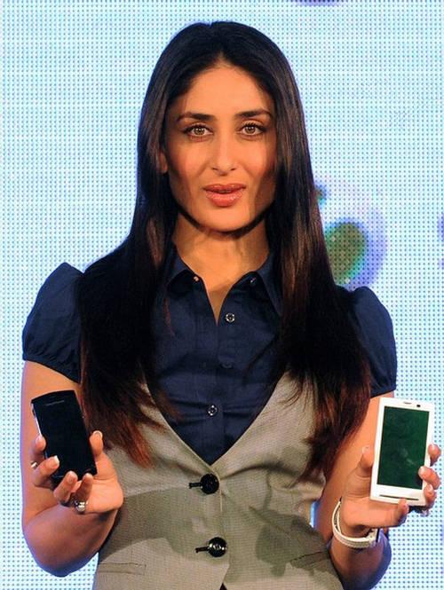 Kareena Kapoor - The Sony Ericsson Girl 158378,xcitefun-kareena-mobile