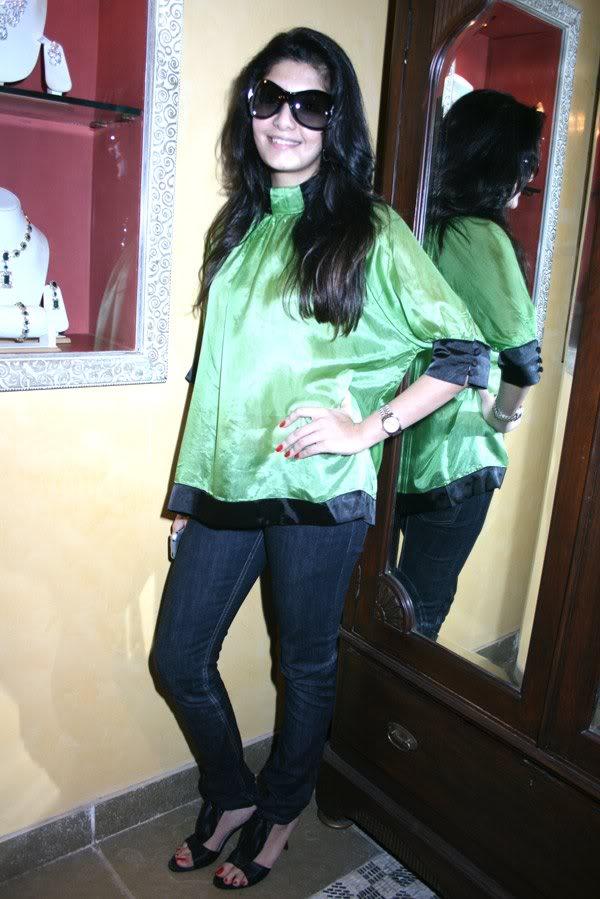 Neha Oberoi At The Launch Of Tisya Jewellery Shop 158706,xcitefun-224-1