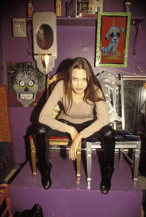 Anjelina Jolie IMAGES when she Was 19 YEARS old 158837,xcitefun-anjelina-09