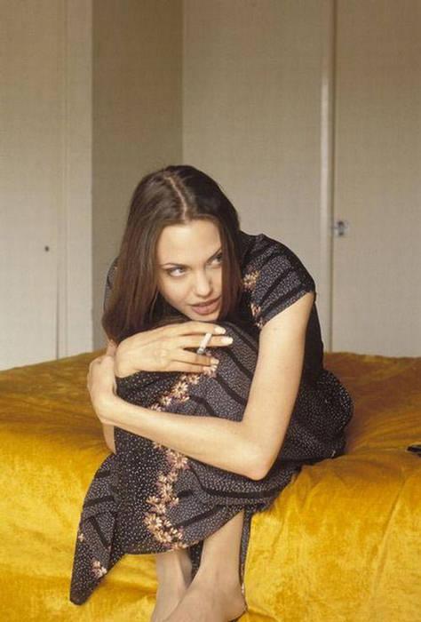 Anjelina Jolie IMAGES when she Was 19 YEARS old 158842,xcitefun-anjelina-04