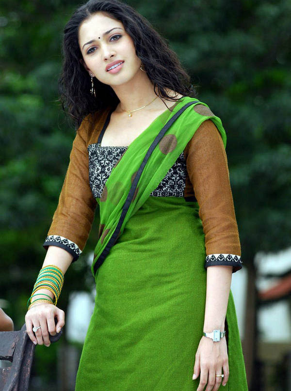 Indian Celebrities In Salwar Kameez