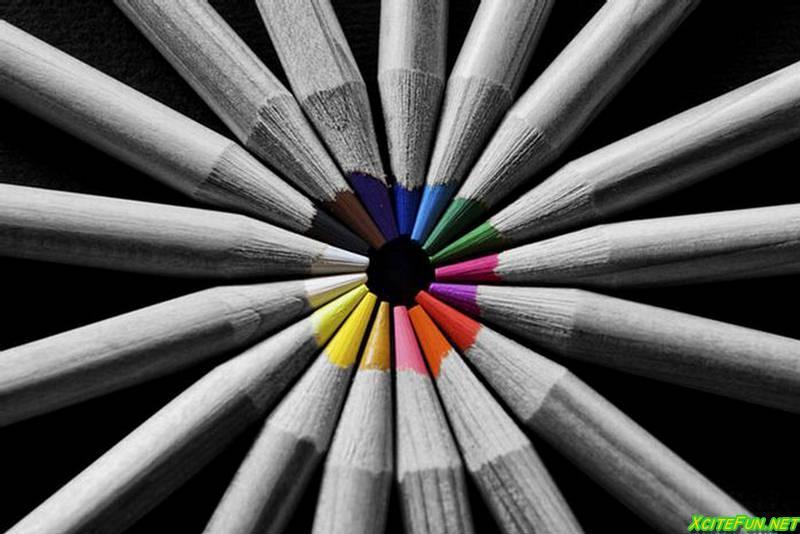 Как сделать и цветным и черно белым