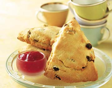 173489xcitefun raisin20spice20scone scone - Its Tea Time