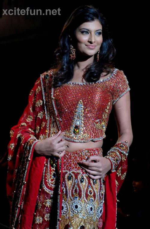 Sayali bhagat in saree bollywood brides actresses in