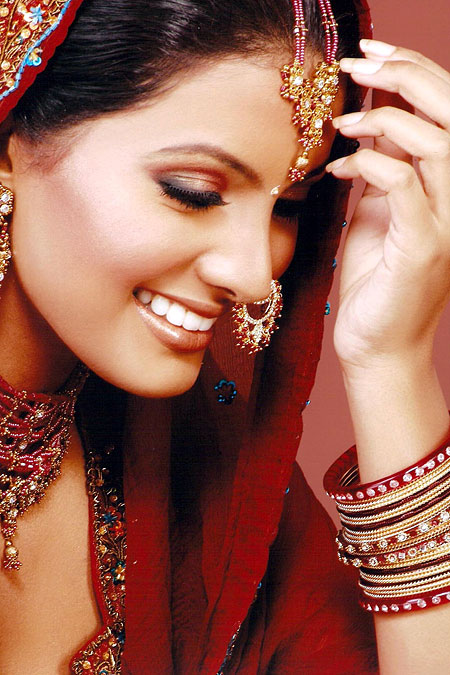 Bollywood and Hollywood updates: Ayesha takia