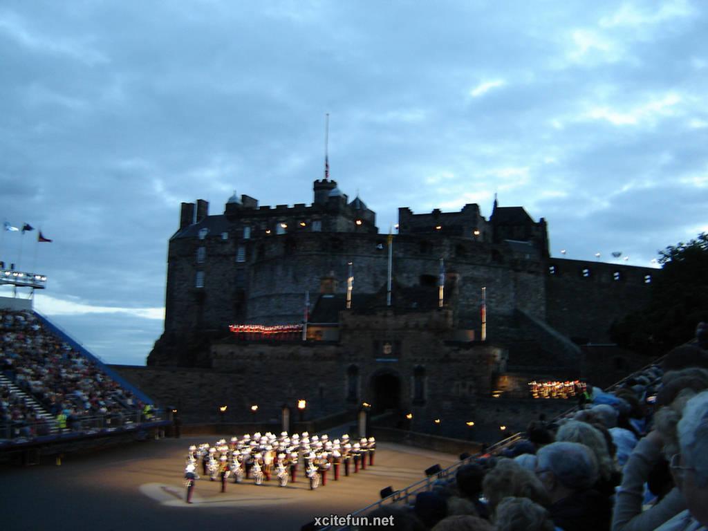 edinburgh castle the volcanic fortress scotland