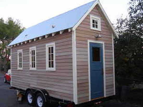 Moving Houses Living On Wheels