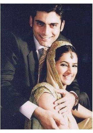 Imran Abbas And His Wife http://lovefunn.blogspot.com/2011/05/imran-abbas-and-fawad-khan-with-their.html