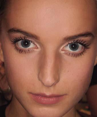 http://img.xcitefun.net/users/2010/06/185446,xcitefun-round-eye.jpg