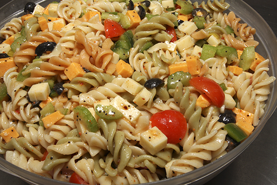 Easy pasta salad recipe with chicken