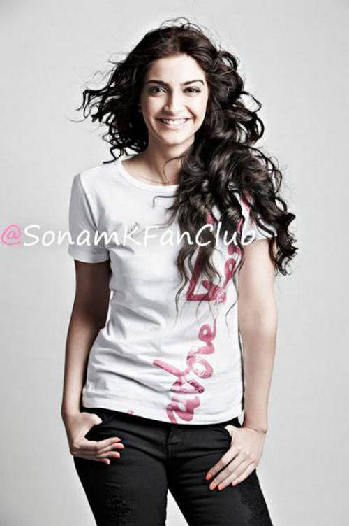 Sonam Kapoor Latest Photo Shoot