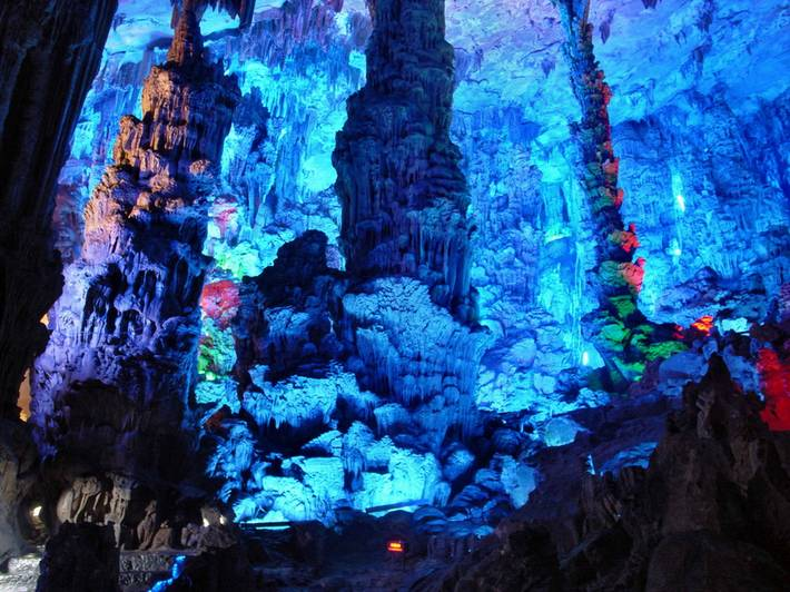 Reed Flute Cave - China : Natures Colors