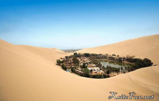 Huacachina Desert Oasis, Ica, Peru - XciteFun.net
