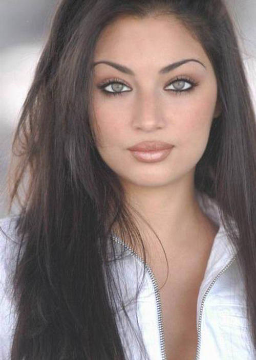 Claudia Lynx - Aishwarya Of Hollywood