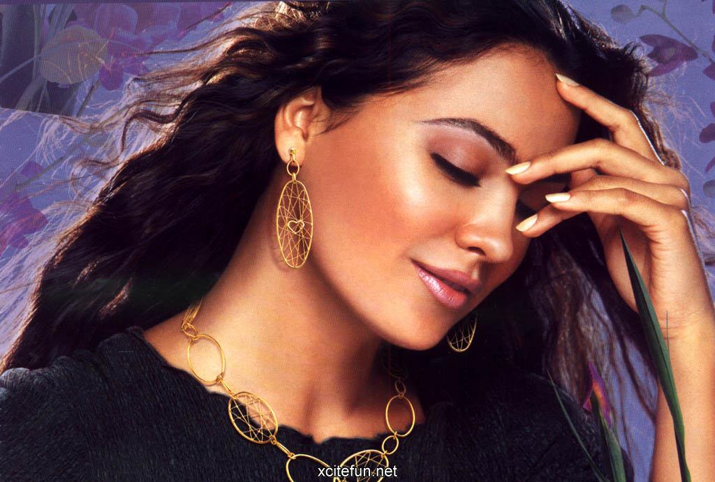 Lara Dutta Indian Actress Hot Hq Wallpapers