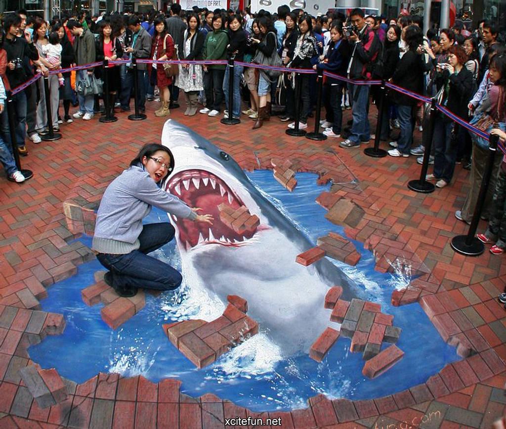 Amazing 3D Sidewalk Art Photos