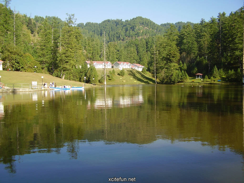 Banjosa Lake Pakistan Colorful Wallpapers Xcitefun Net