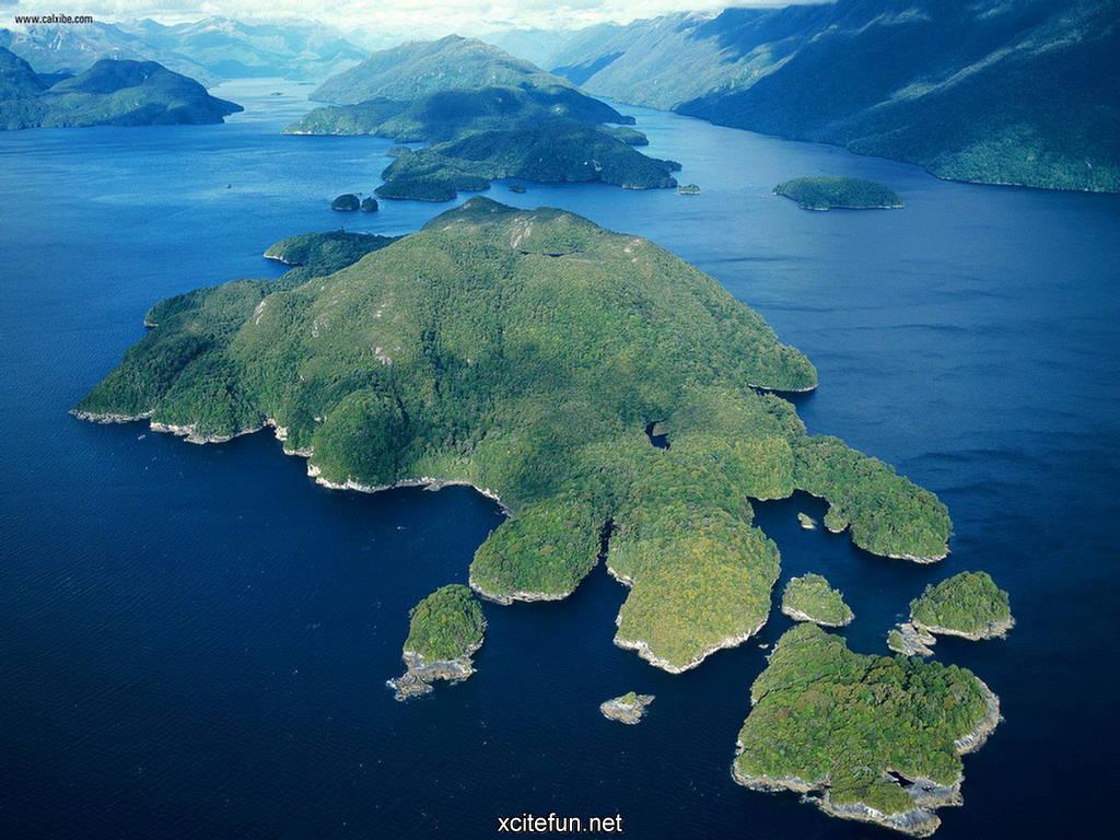 Fjordlands National Park South Island New Zealand