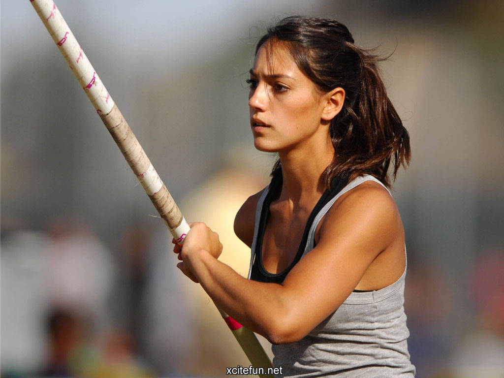Beautiful Sports Women Wallpapers - XciteFun.net