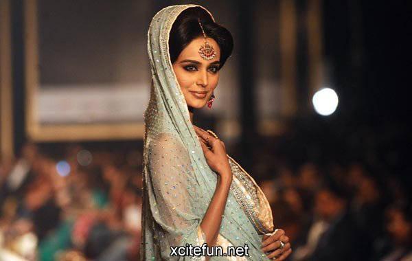 lahore bridal fashion week pakistani wedding xcitefunnet