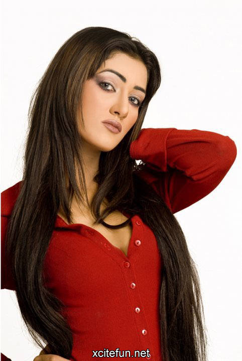 Mathira Pictures