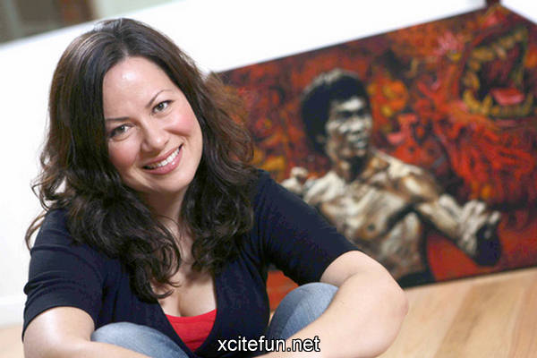 Shannon Lee Bruce Lee Daughter  Photo Gallery