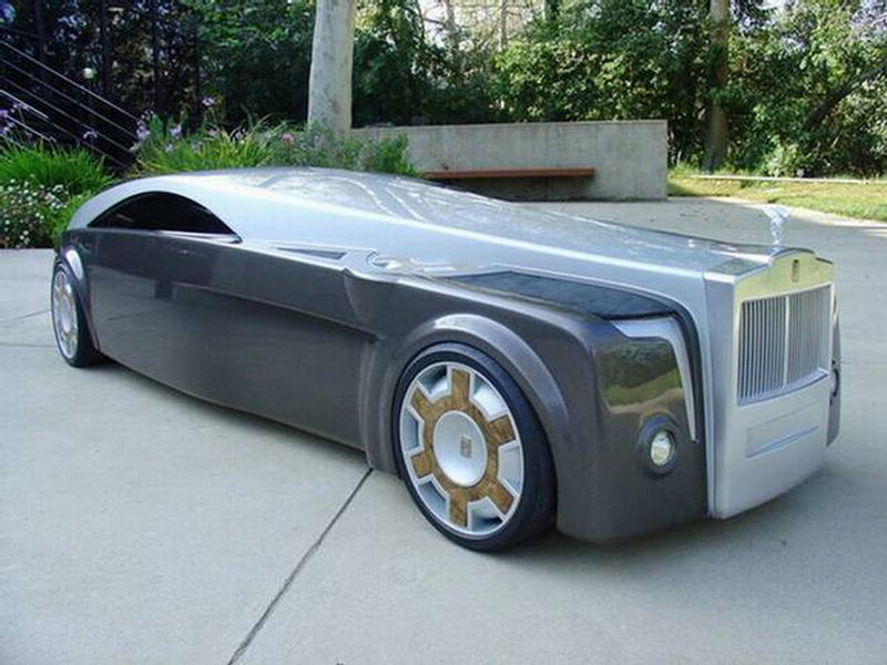 Sci-Fi Modified Rolls Royace Concept Car - XciteFun.net