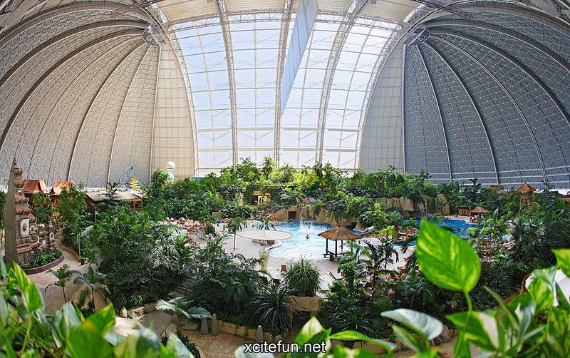 Tropical islands germany largest indoor water park - Indoor swimming pool berlin ...