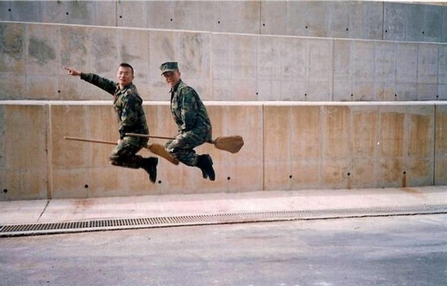 Funny moments military pictures funny moments military pictures