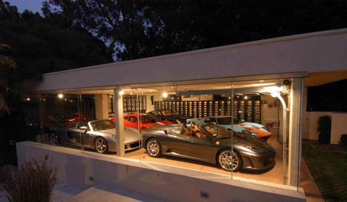 supercar showroom. Black Bedroom Furniture Sets. Home Design Ideas