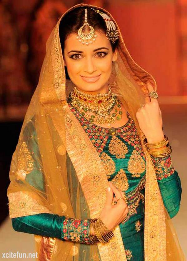 Dia Mirza Bridal Ramp Rajasthani Bride Xcitefun Net