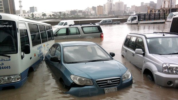 227751xcitefun sau rain tawfeeq02 - Rain Affected Saudi arabia