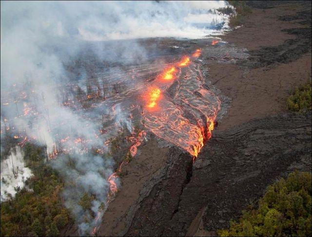 Vulkani - Page 2 234950,xcitefun-volcano-7