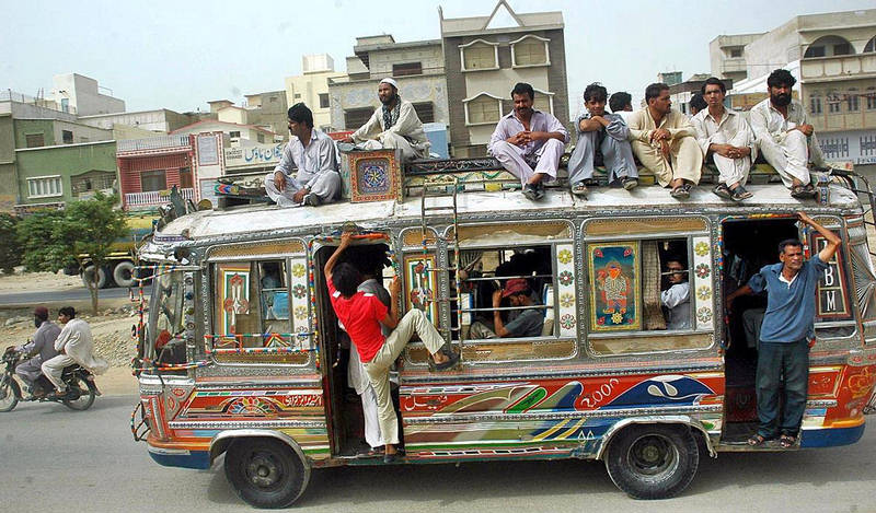 ... masood funny poetry local bus anwar masood funny poetry local bus