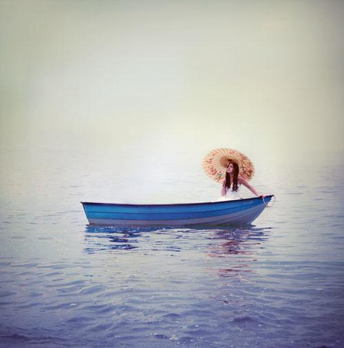 рыжая лодка