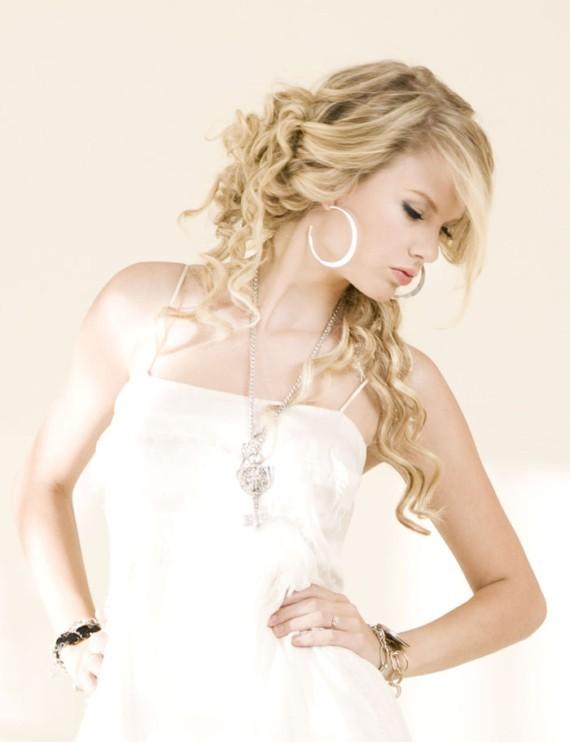 Taylor Swift Fearless. Taylor Swift Fearless Quotes.
