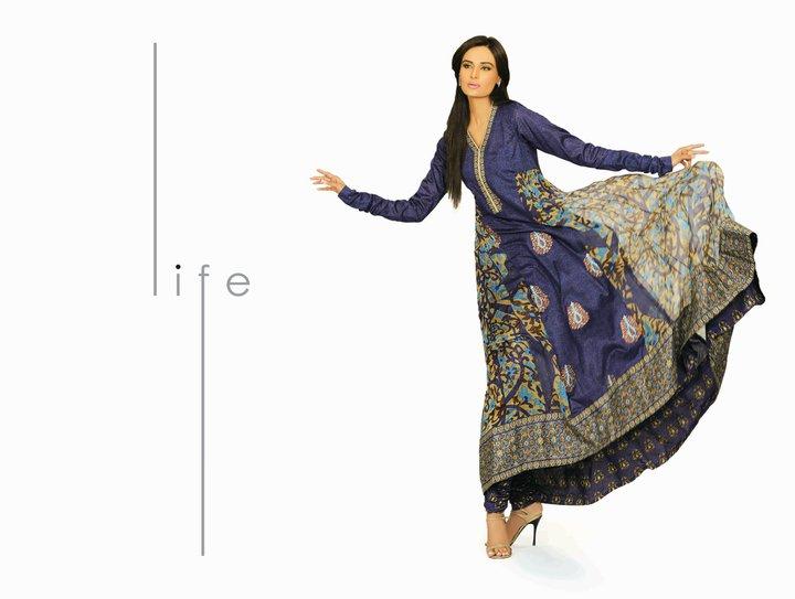 239517xcitefun hsy lawn 10 - HSY Lawn Prints 2011 - Paki Fashion