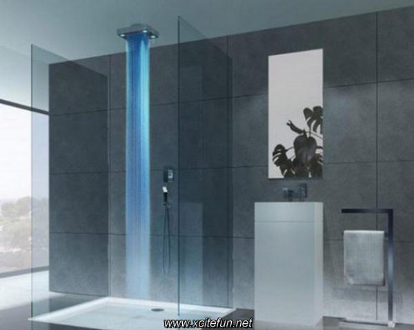 img.xcitefun.net/users/2011/04/243004,xcitefun-awsome-shower-1