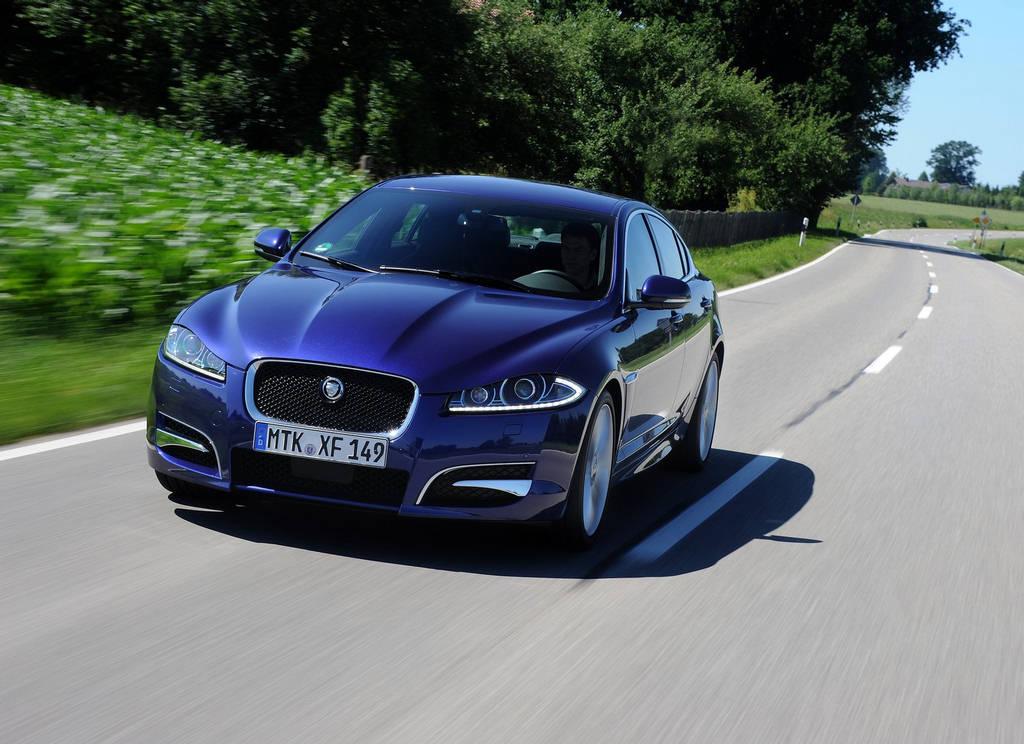 Jaguar XF Car Wallpapers 2012