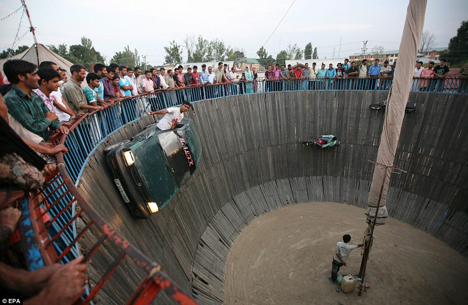 Wall of Death ... - XciteFun.net