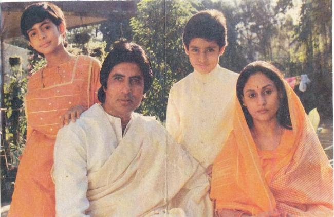 Amitabh Bachchan Unseen Family Pictures