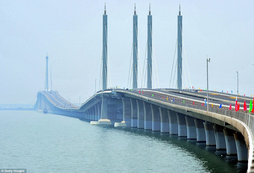 Worlds Longest Sea Bridge Opens In China