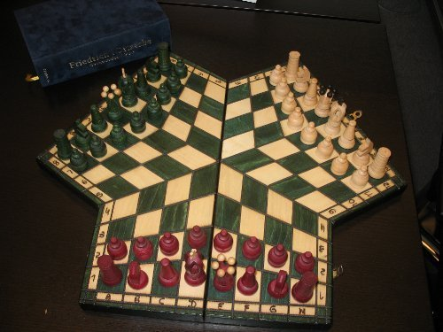 3 players chess